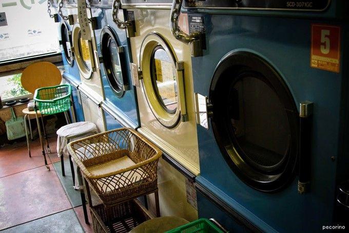 一人暮らしならコインランドリー⁉クリーニング、洗濯機と比較する